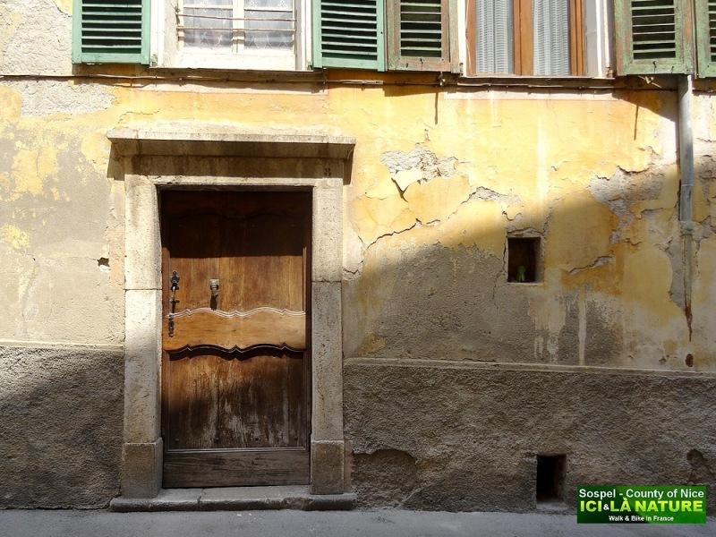 38-provence alpes vieille porte