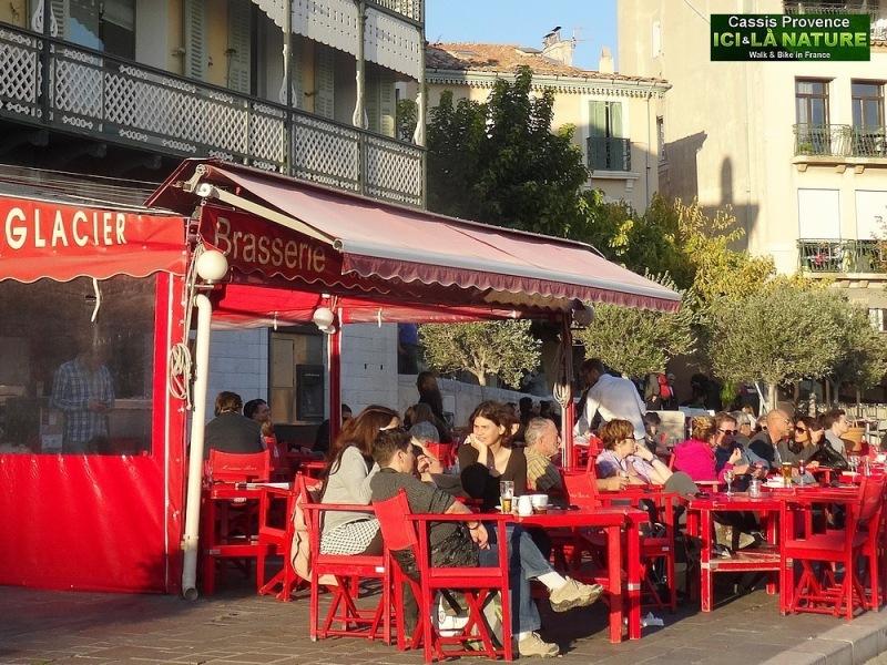 25-café in provence mediterranee