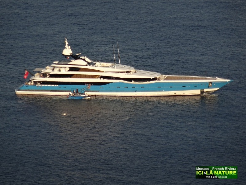 04-superyacht in monaco