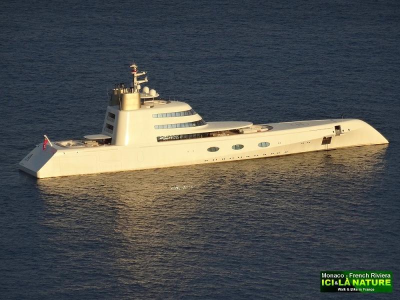 09-superyacht in monaco monte-carlo
