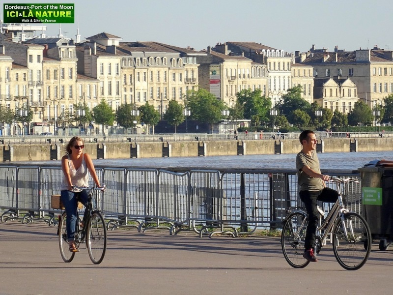 11-discover bordeaux by bike