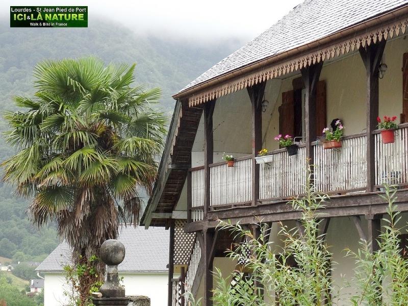 16-pyrenees way to lourdes