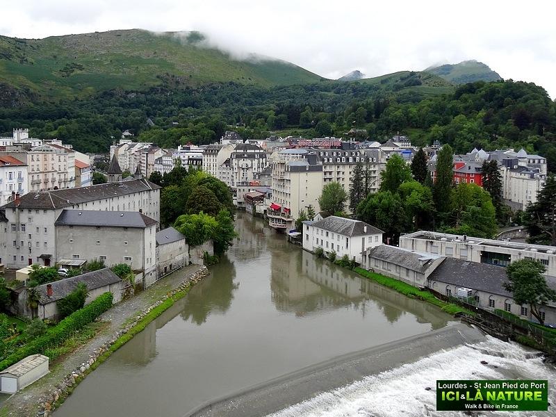 43-general view city of lourdes