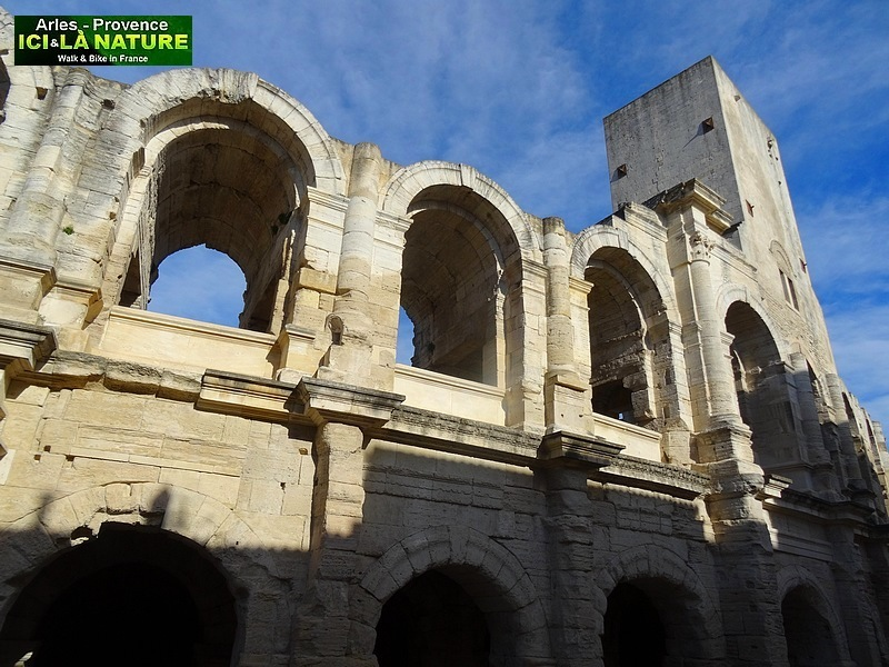 05-arenes romaines arles provence