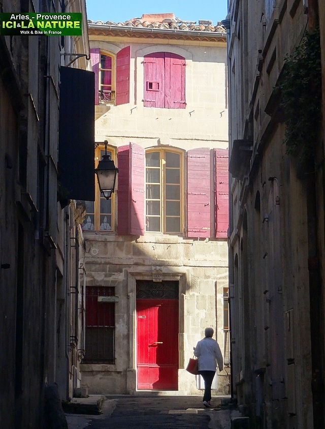 39-PICTURES OF PROVENCE ARLES