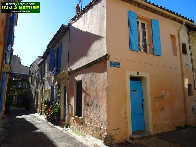 45-STREETS OF PROVENCE