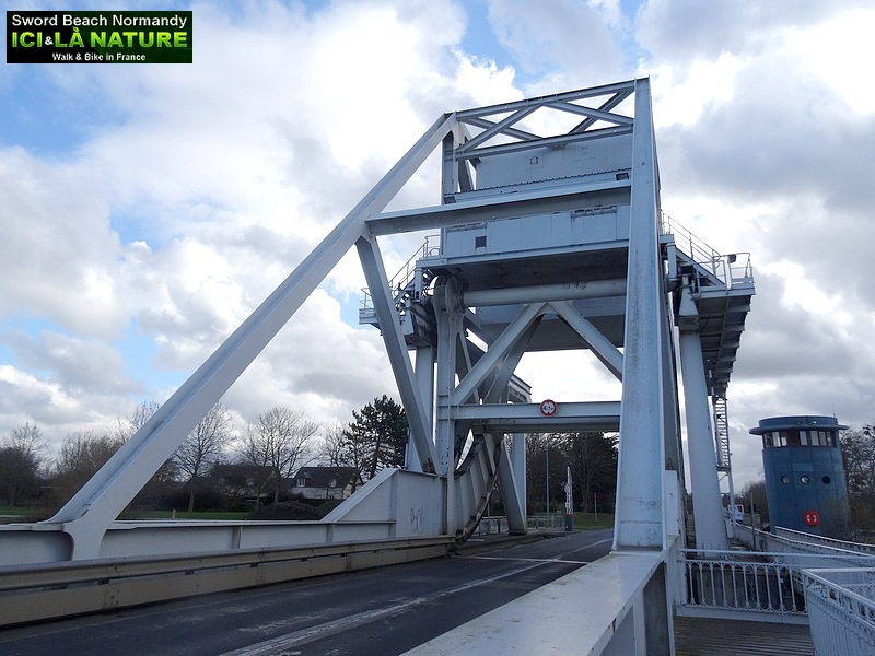 49-image pegasus bridge 6 juin 1944