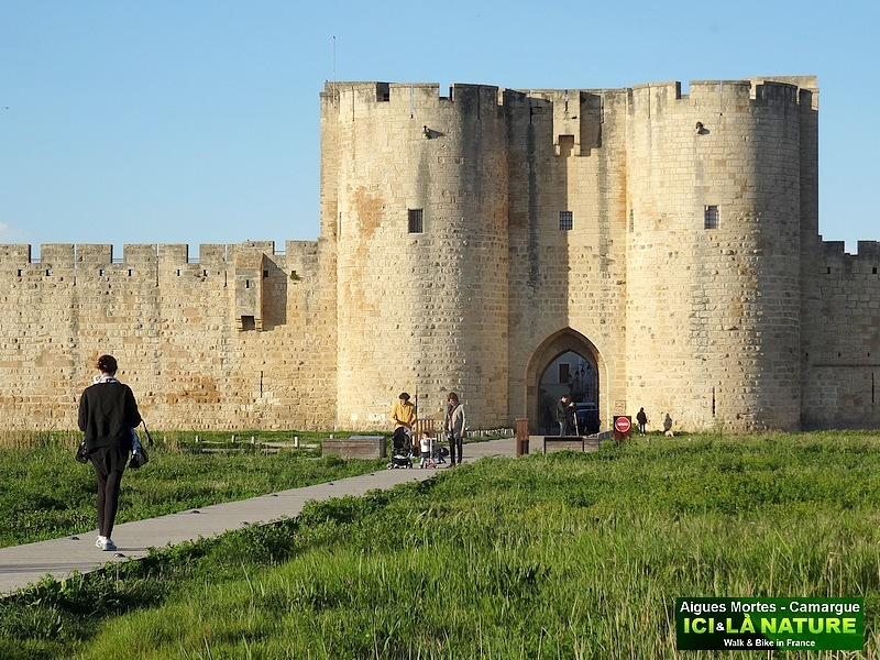 39-FORTERESSE FRANCE AIGUES MORTES