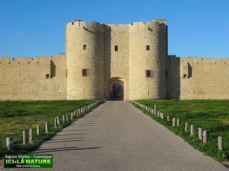 40-FORTIFIED CASTLE AIGUES MORTES