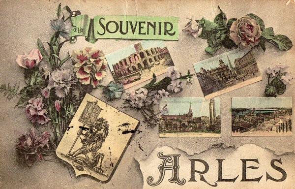 61-SOUVENIR ARLES