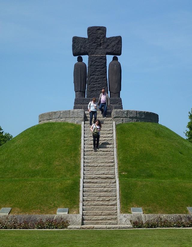 68-Deutsche Kriegsgräberstätte La Cambe