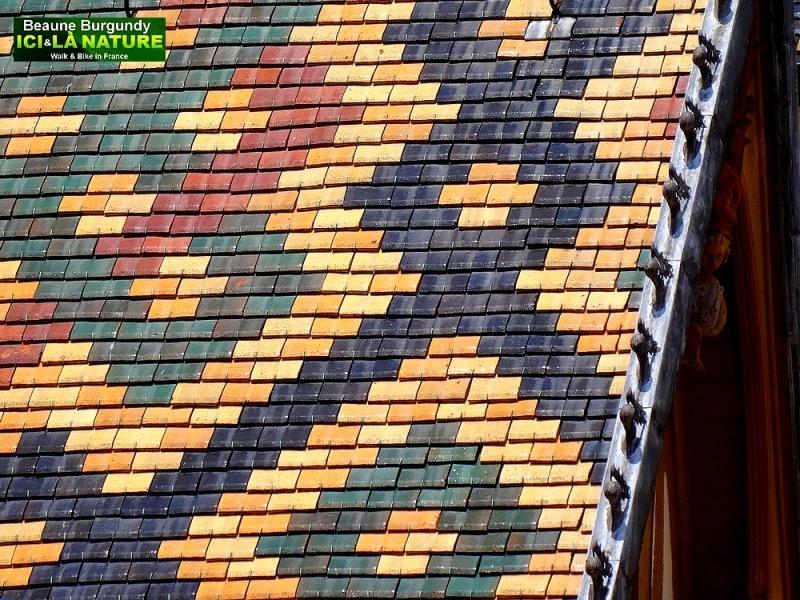 06-polychrome-roof-burgundy-hospices-de-beaune