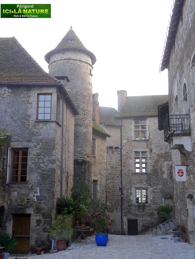 07-walking-tours-perigord