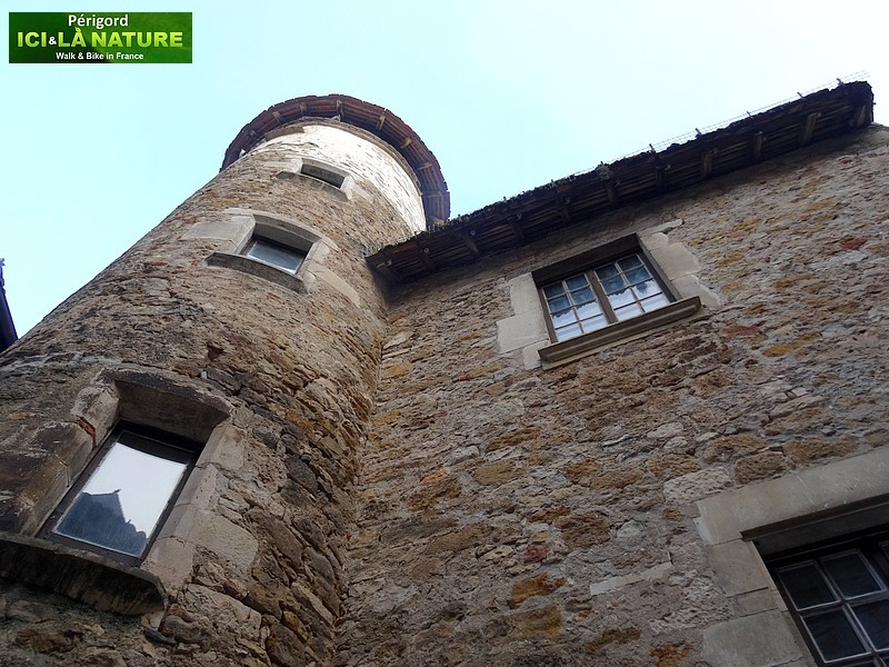 08-walking-tour-perigord-france
