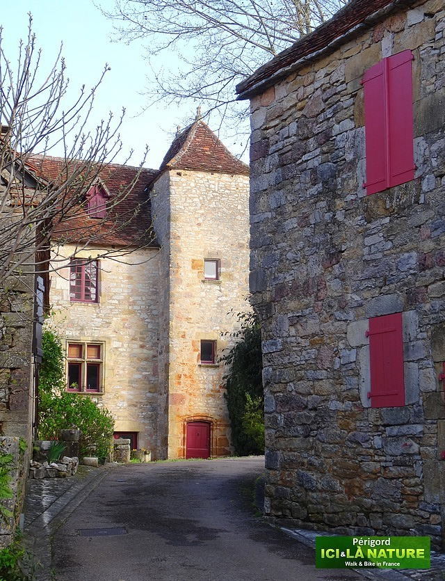 09-village-perigord-france