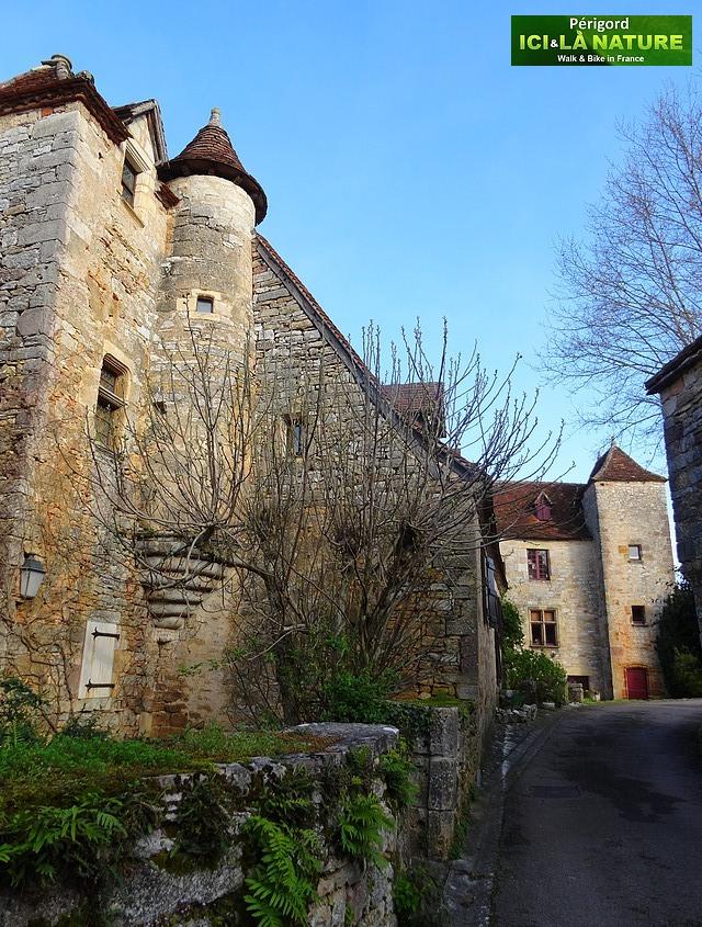 10-perigord-village-charming