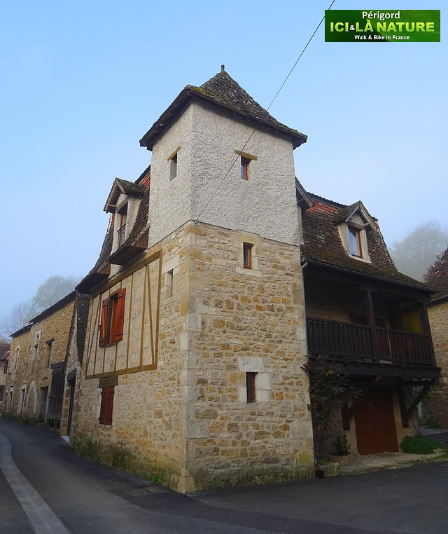 12-old-village-perigord-france