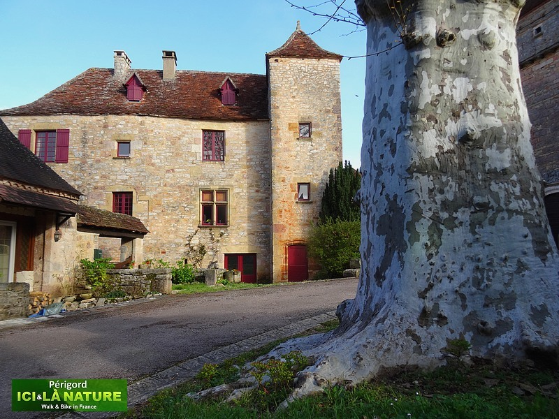 12-village-pittoresque-en-perigord