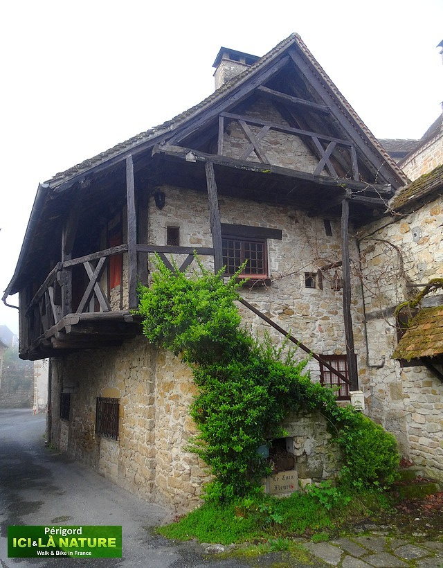 18-old-house-france-medieval