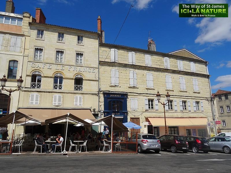 20-auch-cafe-le-france
