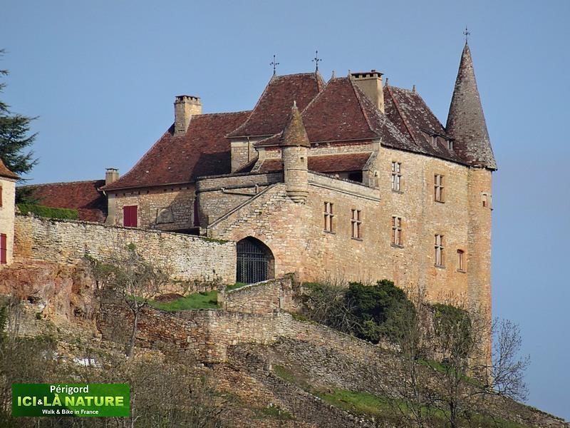 20-perigord-castle-loubressac