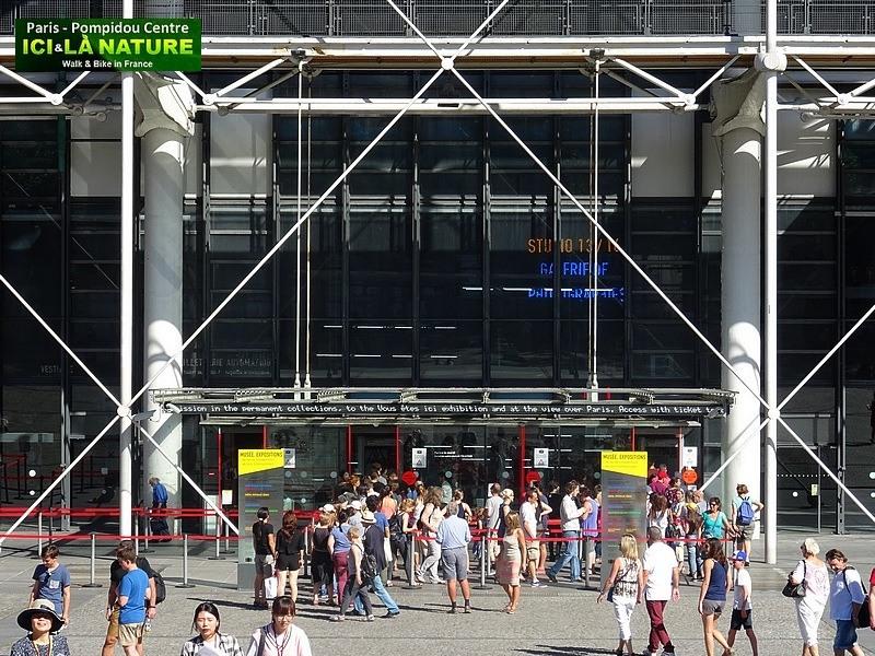 36-paris-beaubourg-center