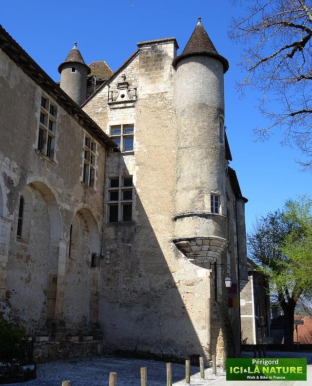 27-castle-perigord