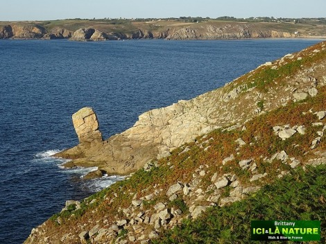 18-walking-french-coast-holidays-brittany