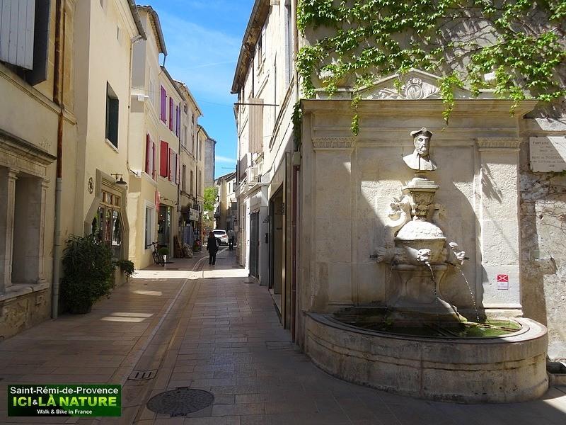 20-street-village-provence