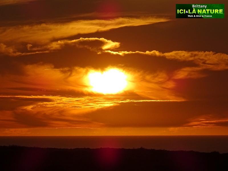 36-coucher-de-soleil-pointe-du-raz