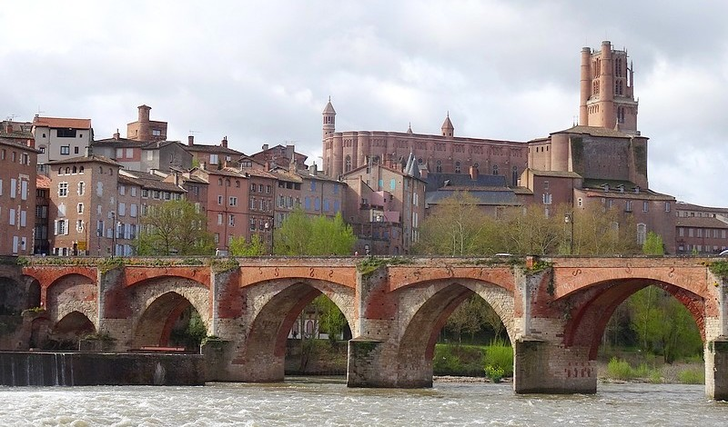 France : Albi, Cathedral Sainte Cécile -the Museum Toulouse-Lautrec – 30 photos.