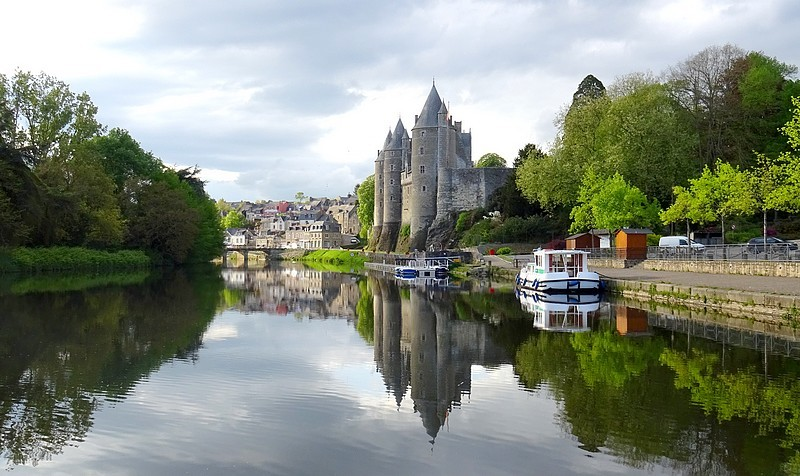 France-Brittany : Josselin Castle on the Velodyssey