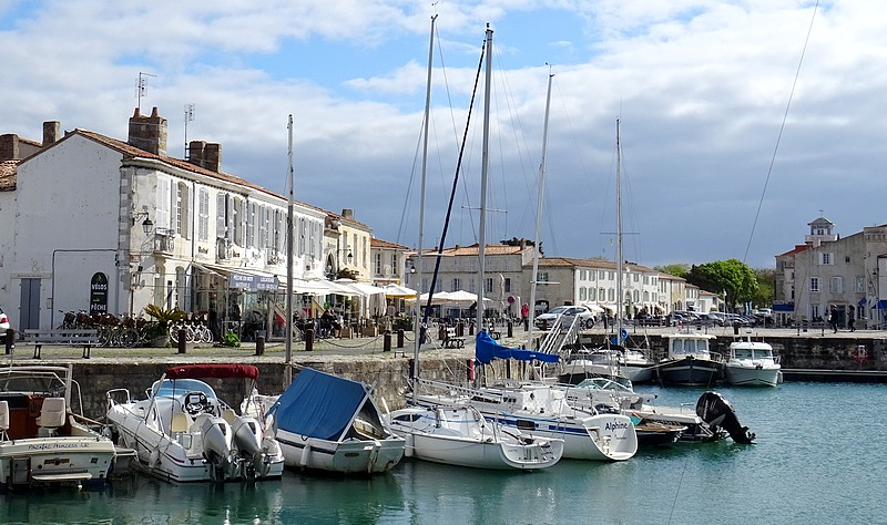 FRANCE – ATLANTIC COAST  :  ILE DE RE – 30 PHOTOS