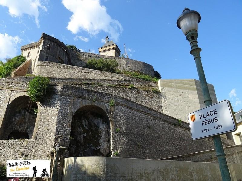 09-cathar castles foix trail hike